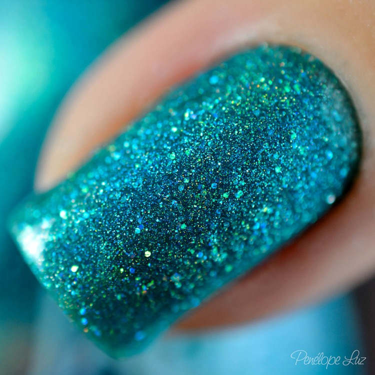 holo glitter-1-23aok post